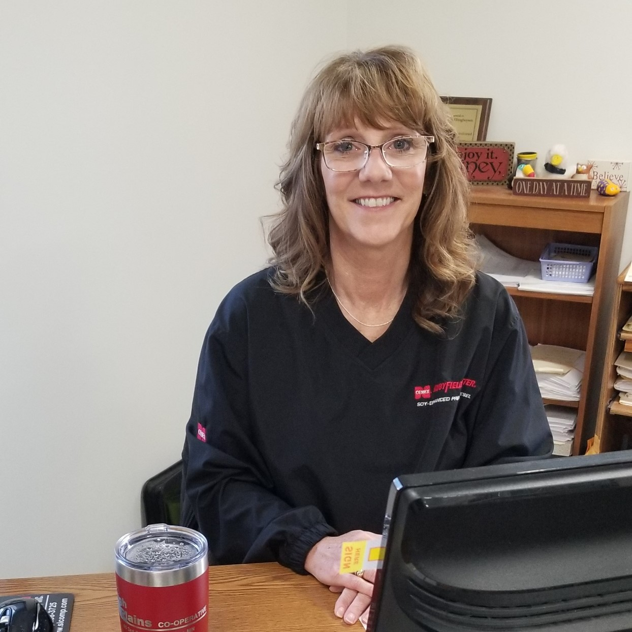 High Plains Cooperative Plainview, MN Stephanie Ellinghuysen Credit Department